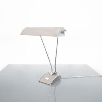 Eileen Gray Grey Jumo Lamp 04