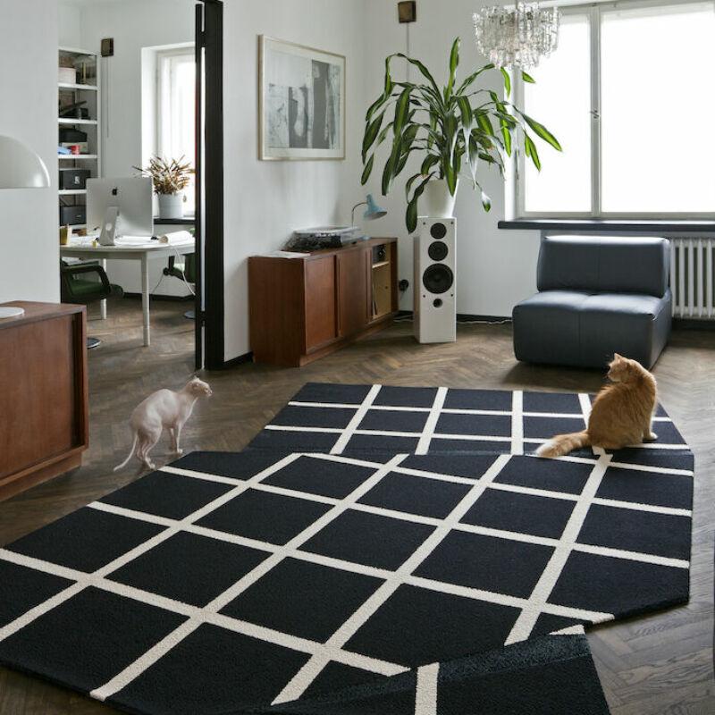 Black Grid Ulfsak Rug 02