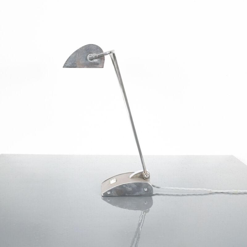 Eileen Gray Grey Jumo Lamp 02