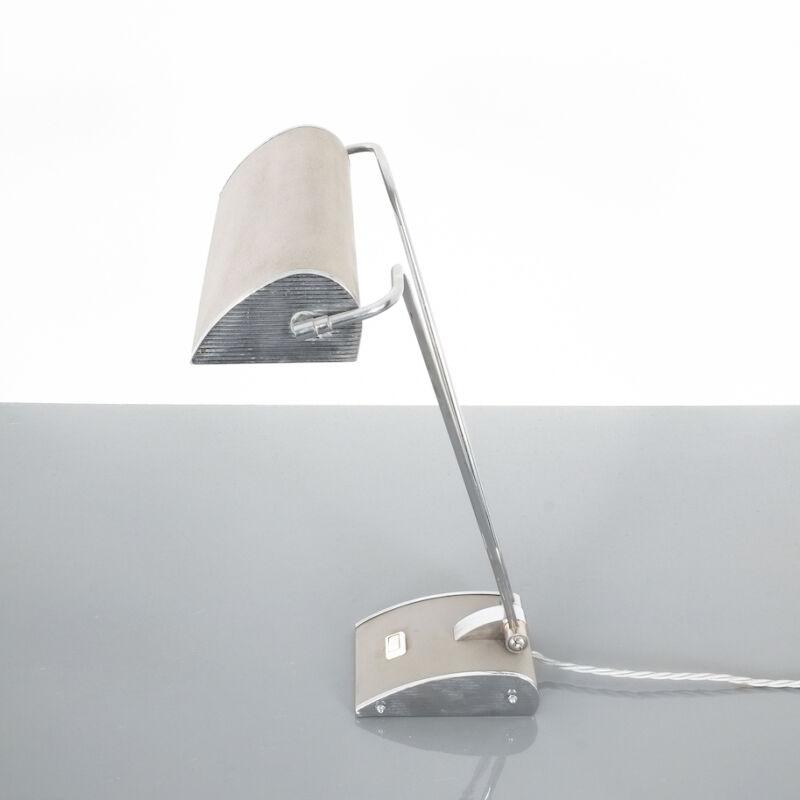Eileen Gray Grey Jumo Lamp 03