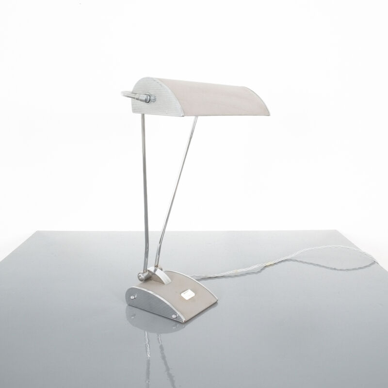 Eileen Gray Grey Jumo Lamp 06