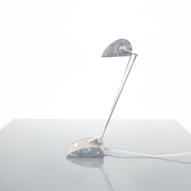 Eileen Gray Grey Jumo Lamp 07