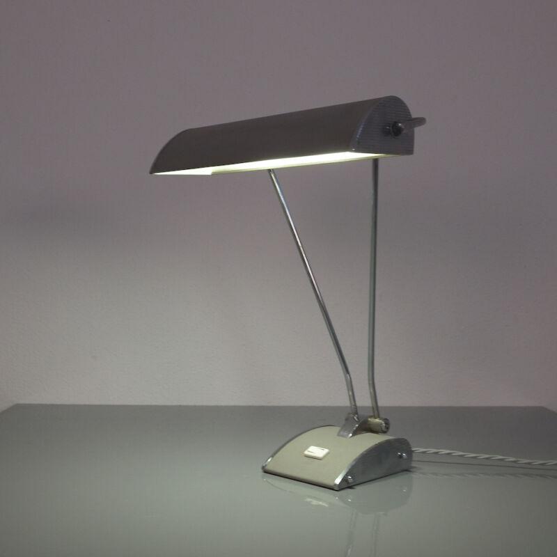Eileen Gray Grey Jumo Lamp 09