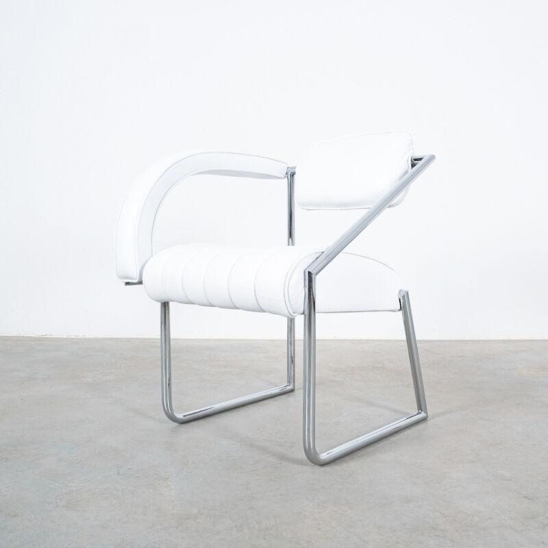 Eilleen Gray Chair White Non Conformist 02