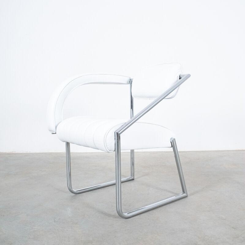 Eilleen Gray Chair White Non Conformist 04