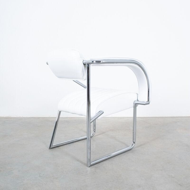 Eilleen Gray Chair White Non Conformist 08