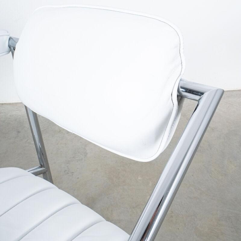 Eilleen Gray Chair White Non Conformist 13