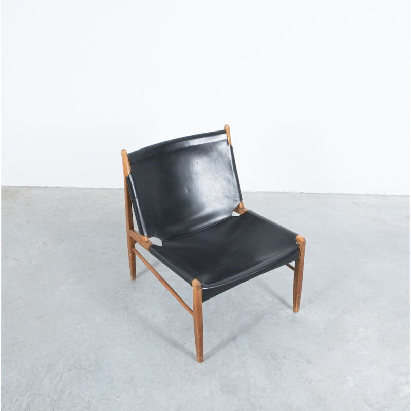 Franz Xaver Lutz Chimney Leather Chair 02