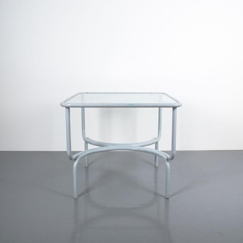 Gae Aulenti Table Locus Solos 01
