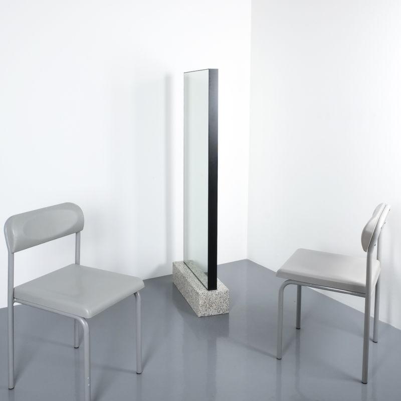 Memphis floor mirror_01