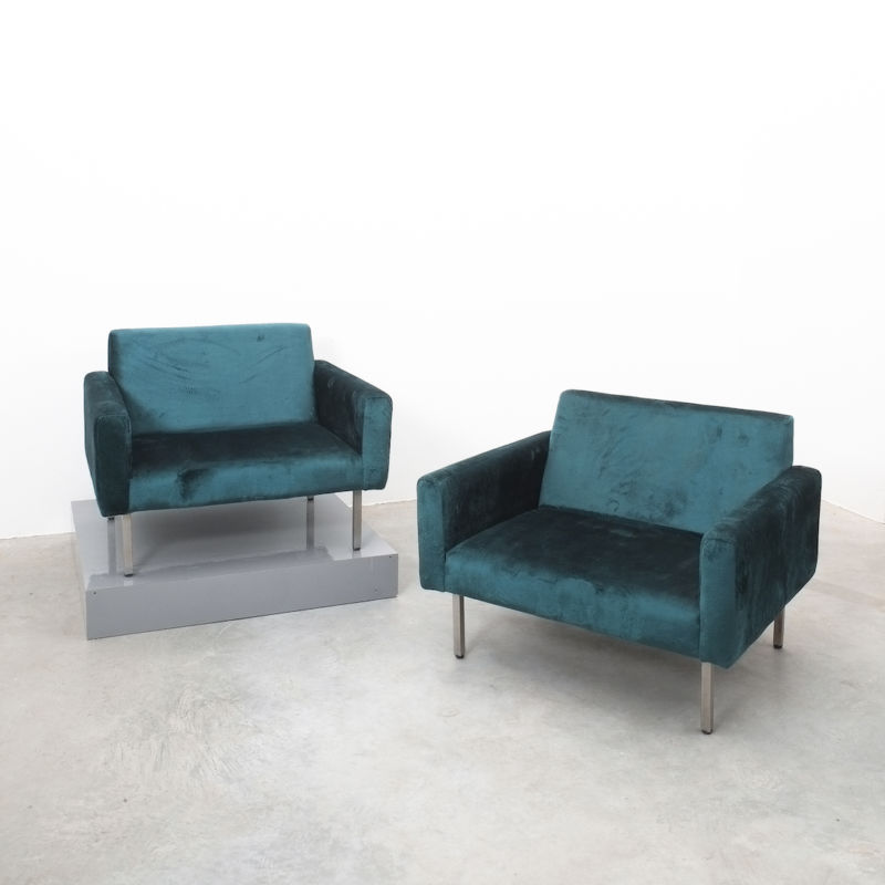 Nelson Miller Pair Chairs Velvet 03
