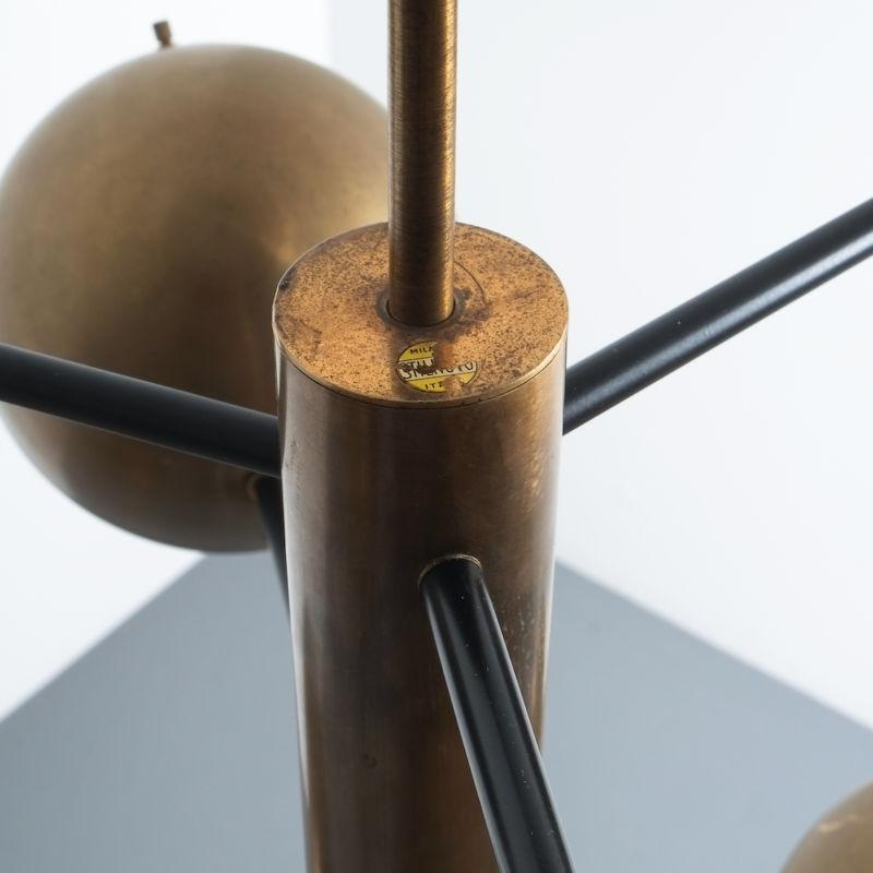 Stilnovo brass opaline chandelier_13