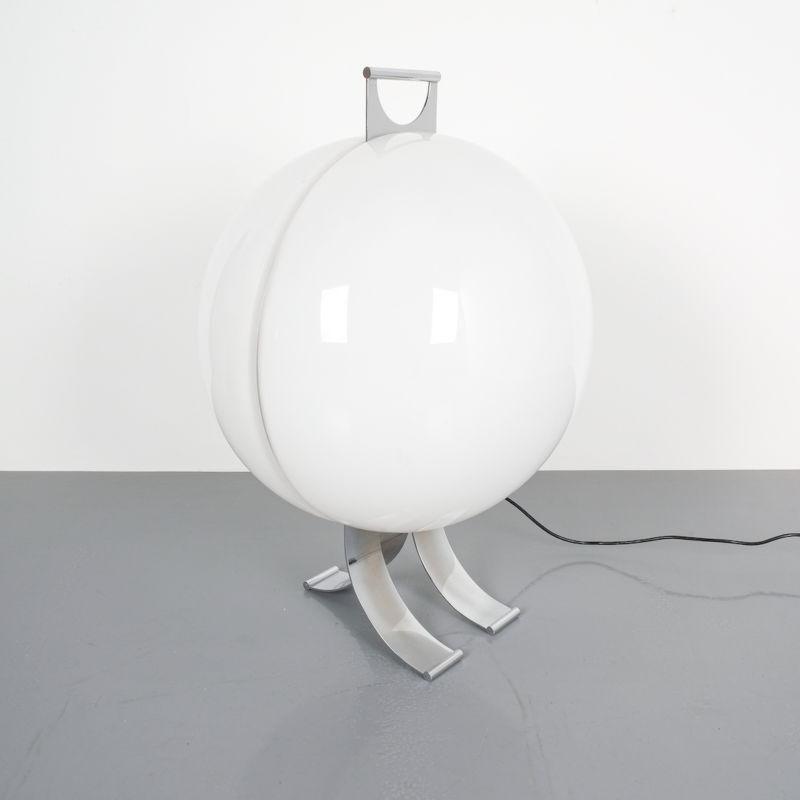 Tetrarch Studio Valenti Table Light 03
