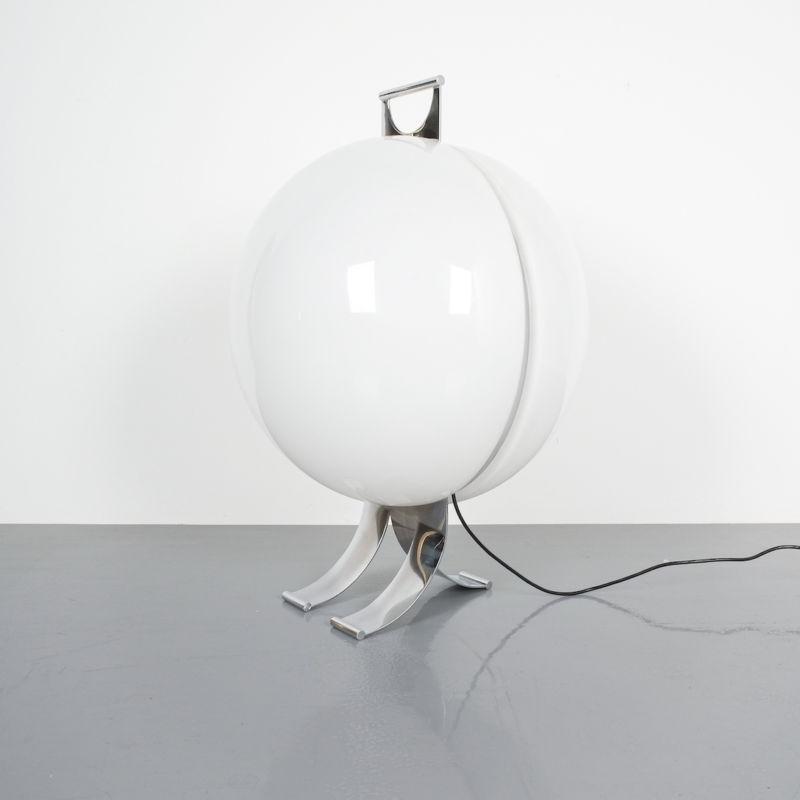 Tetrarch Studio Valenti Table Light 05