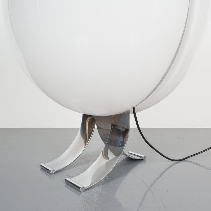 Tetrarch Studio Valenti Table Light 07