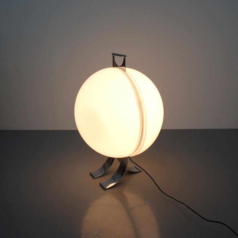 Tetrarch Studio Valenti Table Light 11