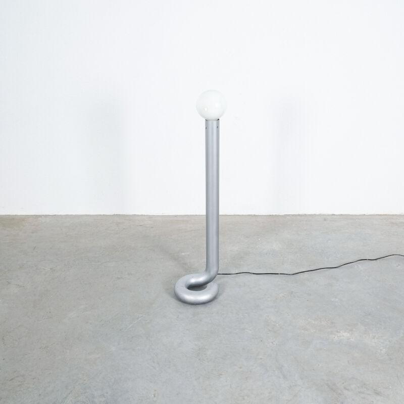 Bent Tube Floor Lamp 01