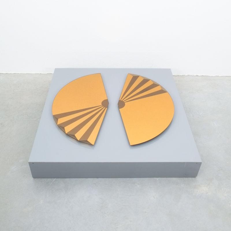 Bonze Gold Mirror Fan 1980 05