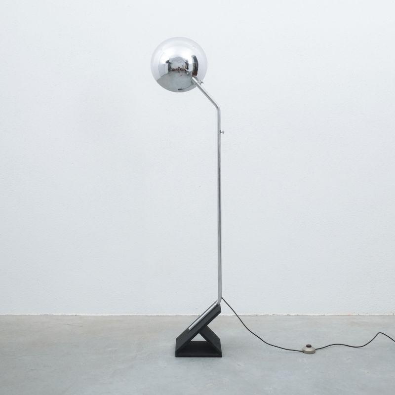 Chrome Icicle Floor Lamp Cast Iron Foot 02