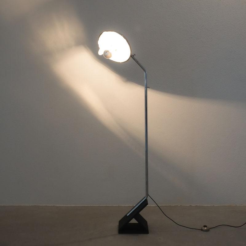 Chrome Icicle Floor Lamp Cast Iron Foot 09