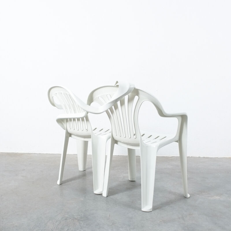 Dude Bench Plastic Chair Bert Loeschner 05