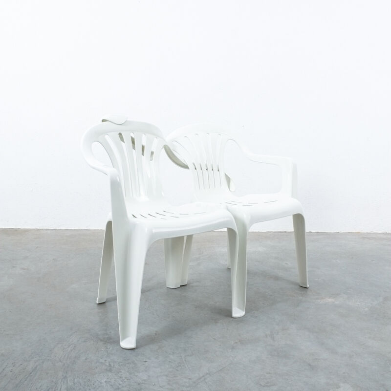 Dude Bench Plastic Chair Bert Loeschner 06