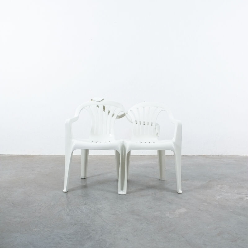 Dude Bench Plastic Chair Bert Loeschner 07