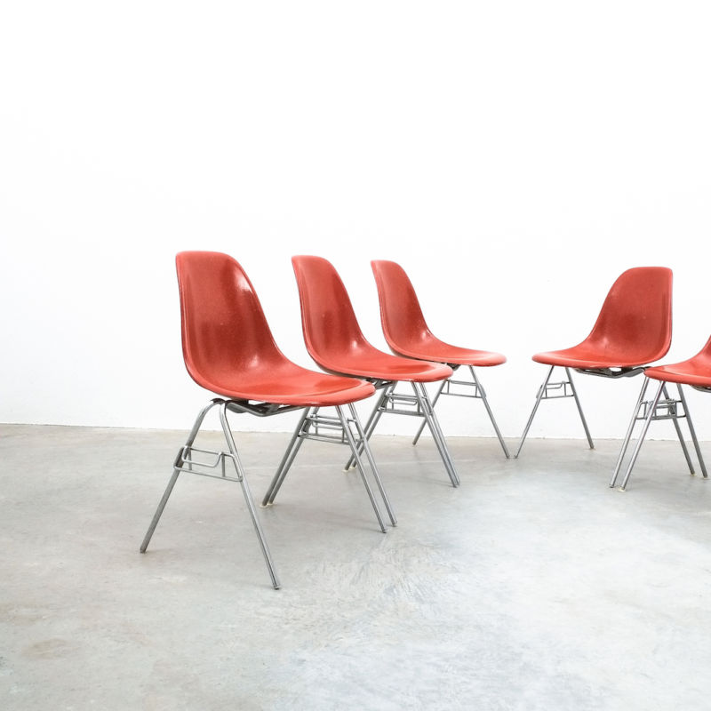 Eames Chairs Terra Cotta 03
