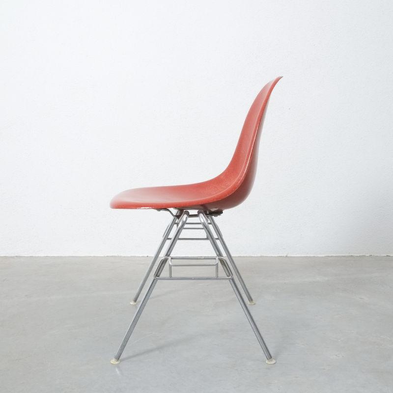 Eames Chairs Terra Cotta 06
