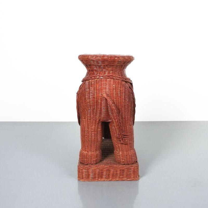 elephant wicker table_02