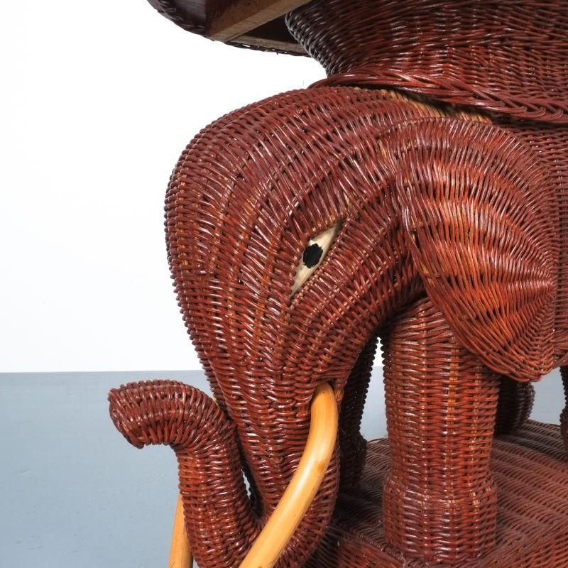 elephant wicker table_05
