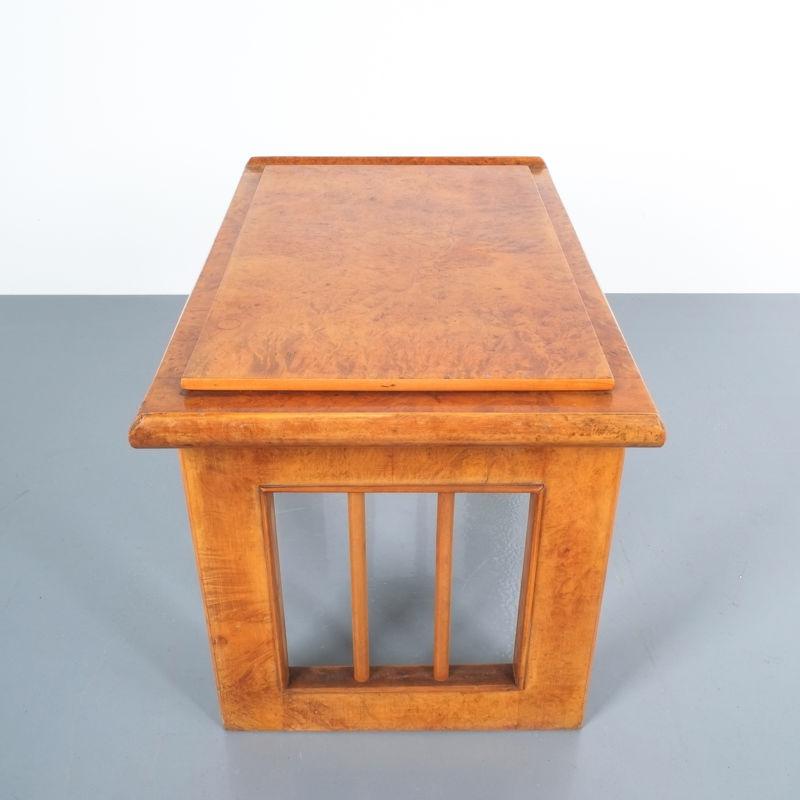 pair art deco nightstands side tables_13