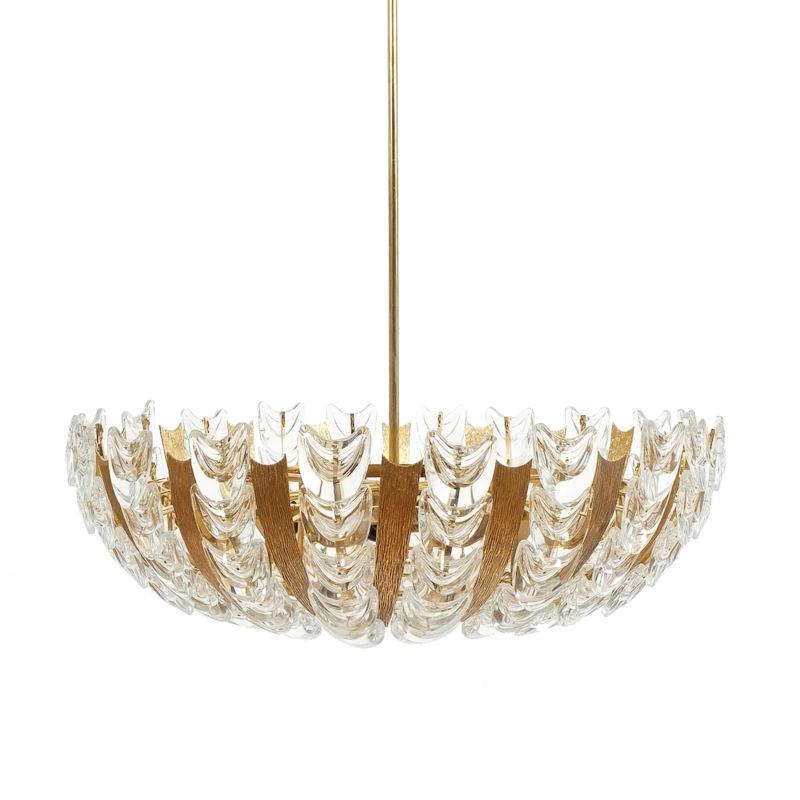 s1-gal-palwa-scale-chandelier-kopie