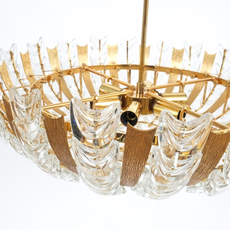 s12-palwa-scale-chandelier-kopie