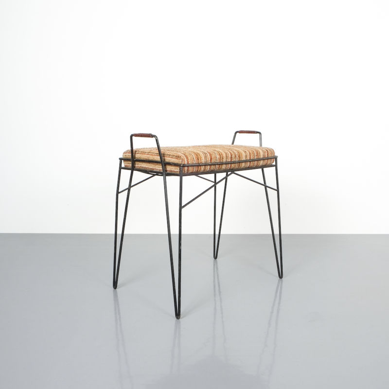 wire frame stools _07