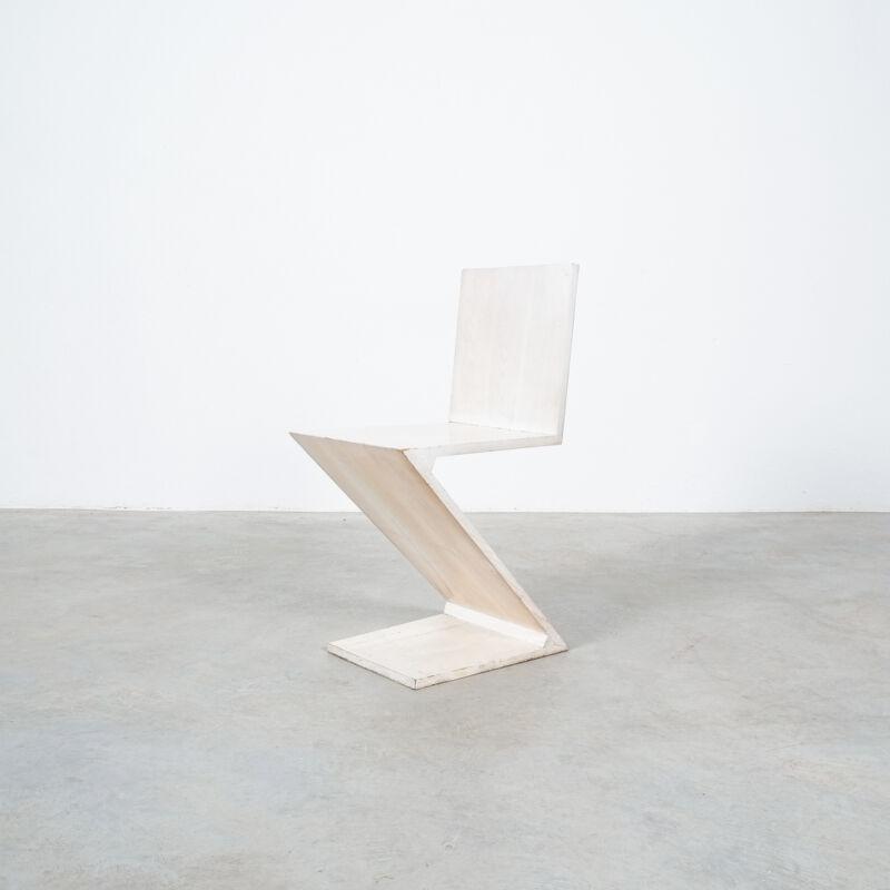 Zig Zag Chair Rietveld 02